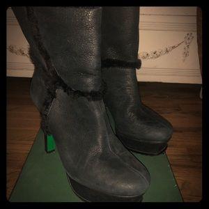 Lisa for Donald Pliner platform boots size 7.5
